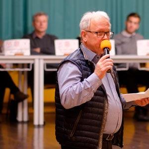 Willi Bossen beim Berufsinfoabend in Schafflund