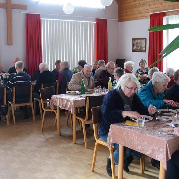 Essen-in-Gemeinschaft