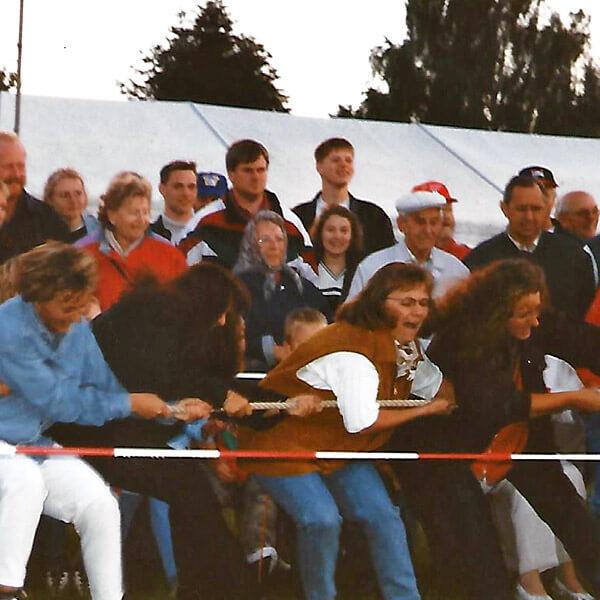IDS-Tage 1998 Tauziehen in Medelby 1